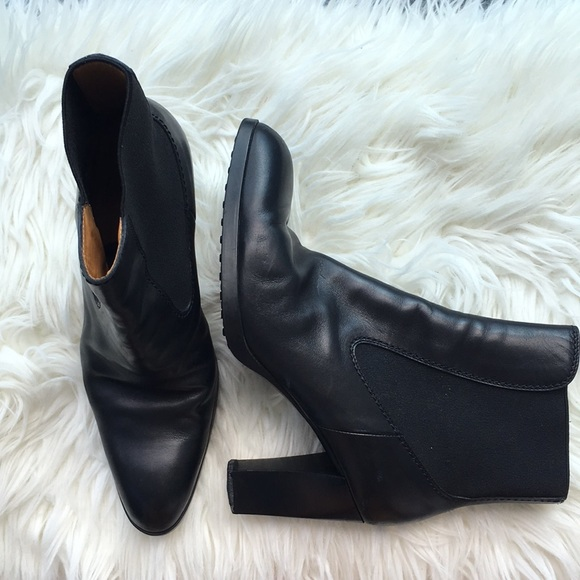 Tod's Black Leather Ankle Heels Boots